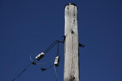 電柱としては、どちらも極めてシンプルなものだ