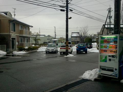 金沢も雨。