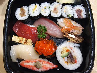 友人のカメラに入っていた旨そうな寿司。