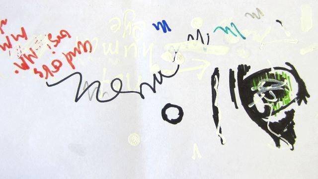 マレーシアの試し書き。見えにくいですが、修正液を試し書きしているところが興味深い。あと右側の、マンガ絵(片目)はなんだろう。マレーシアのマンガファンが書いたのかしら。