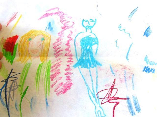 フランスの試し書き。見るからにアートっぽい。お洒落、かつ余裕を感じる…。