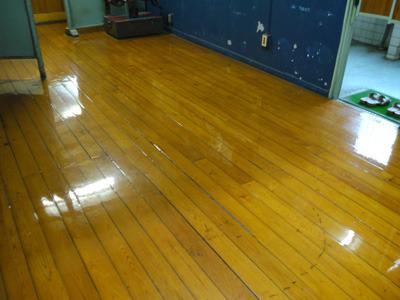 床の「それっぽさ」も非常にステキ