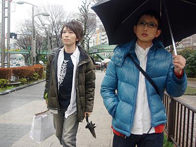 渋谷だったら目立たないかなと思ったが、わりと露骨に二度見されます。本望。