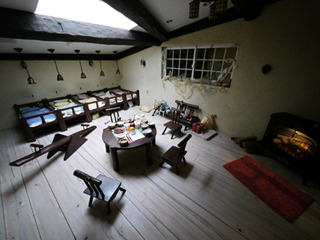 テーマ『メルヘン』の装飾だけの部屋、「こびとの部屋」だそうだ(前の会社によると)。居酒屋にこんなとこあるだろうか。