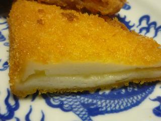 家でふたたびチーズはんぺんフライ。