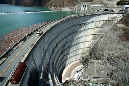 ほとんど奈川渡ダムだけど、あるはずのものがなかったりないはずのものがあったり