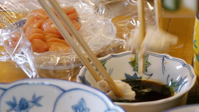 タラコをたべたあとに鶏ササミをぽん酢で食べるとカニの味になる