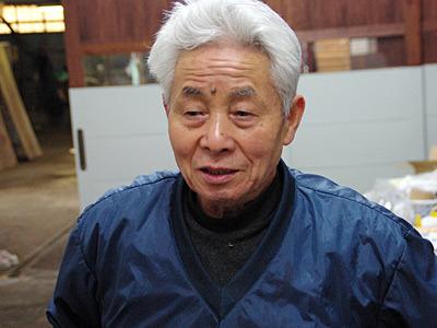 社長は昭和12年生まれの75歳。大きな病気は一度もしたことないそうだ。お肌がスベスベ。
