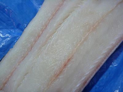 肉はアナゴらしいきれいな白身。美味しそう!