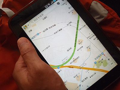 普通のスマホの他にタブレットも持って走っていたので大きな地図とGPSで道を確認。便利な世の中になったものだ。昔は地図を持っていても現在位置を把握するのに時間がかかったものだ。