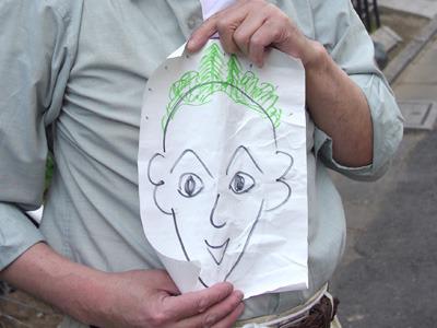 な、何か真緑のキモチワルイ髪の毛が生えてますけど!?