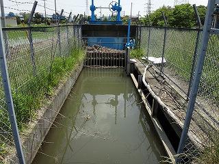 百間用水路の上流側