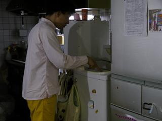 ぞうきんしぼりは洗濯機の脱水機能に頼らないといけない