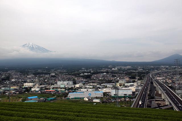 なにしろ富士山の全身も見えるのだ