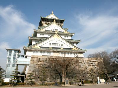 由緒ある城・大阪城。まあ、昭和になってから復元されたものなので、微妙な由緒ですが