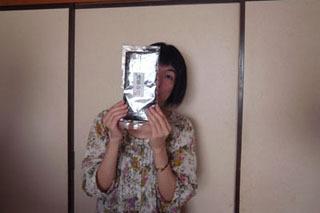 マリ絵さん持参の浅草海苔。「浅草のりって商品名?」と思ったが、さにあらず。5枚で650円。