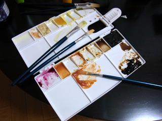 作業途中のパレット。ほんとに絵の具ぽい。