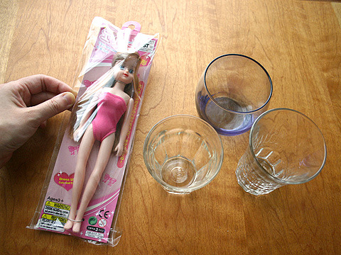 着せ替えフレンド・エリーちゃん、ごめんねこんな役で。