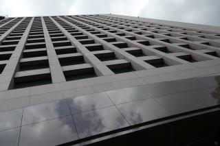 東京・青山の一等地にオフィスがドーン!