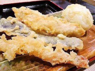 まずは様子見がてらの天ぷらチョイス