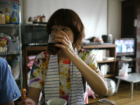 試食が終わったあと食事を摂り、冒頭のガムシロアイスコーヒーをふつうに飲んでいて驚いた。