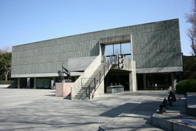 サヴォア邸に通じる部分が多い国立西洋美術館本館