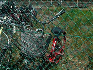 というのも、ほとんどの自転車のハンドルがこういう状態なわけで…。久々に見たなー。