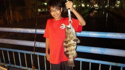 2キロ以上あるハタが釣れた。