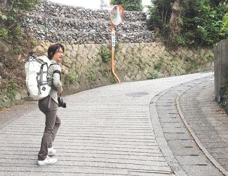 向こうに見えると、ついついふらふらと歩いて行ってしまうヘキがある。思いのほか坂道でたいへんだった。