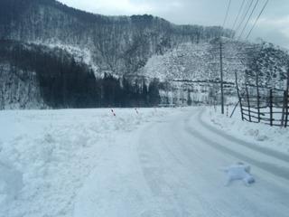 「雪とひとつになりたかった男」。(2009年1月)