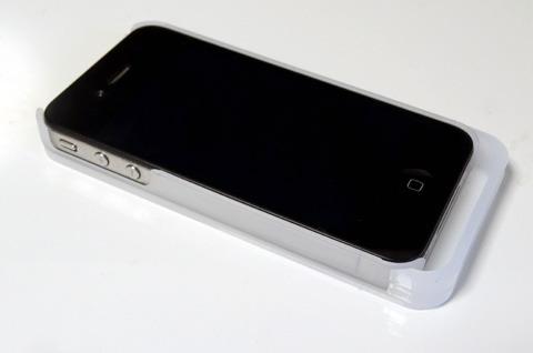 iPhone4のケースでありながら、5と同じ長さを実現