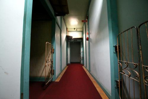 そして二階の廊下、おぉ、これは面白い