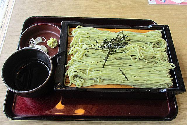 茶そばは420円。これも美味い。