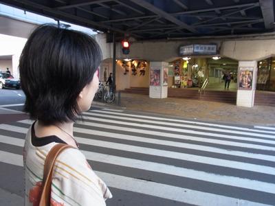 今度は京成線側に来た。
