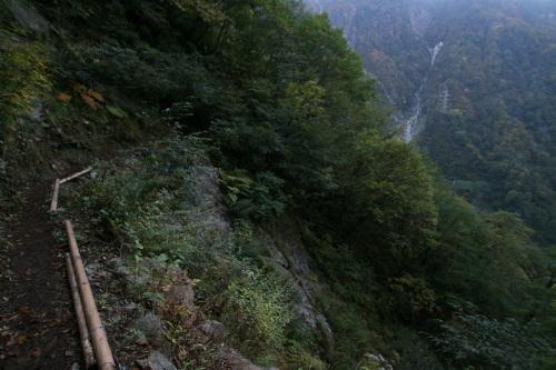 そして山の中で日が暮れた