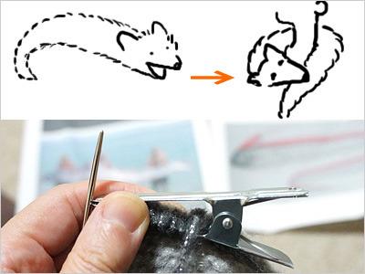 上・キツネマフラーの図。下・そのクリップ。これまた実に適当に縫い付ける。