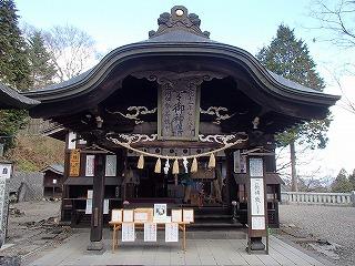 群馬・熊野神社の神楽殿