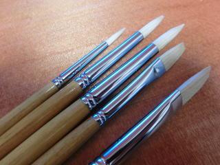 用途に応じて使い分ける各種筆