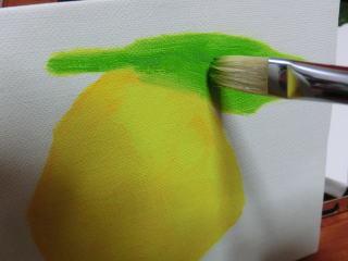 地塗りが乾いたら他の色を重ねていく。明るい色から塗っていくのが基本