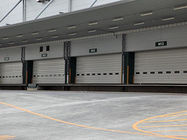 N11搬入口のところにある装置は何だろう