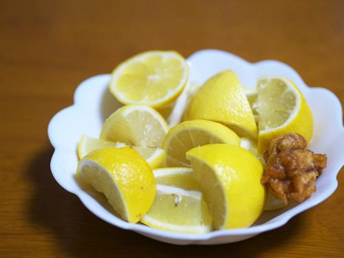 健康面で考えれば悪くなさそう。けどこんなにレモンは食べられないな
