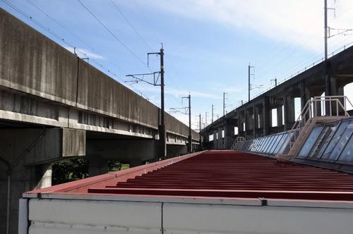 東京を出た新幹線がここで左右に分かれる(右が上越・長野新幹線、左が東北新幹線)