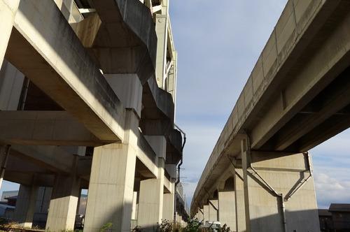 いい分岐出た。右が長野に向かう新幹線、左が新潟に向かう新幹線。