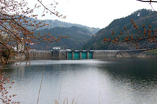 九州一の大河川、筑後川の治水を担う最後の砦、松原ダム
