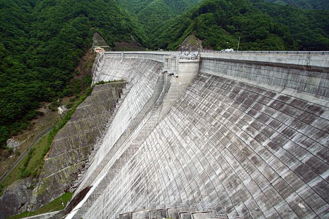神流川発電所の下部調整池、上野ダム
