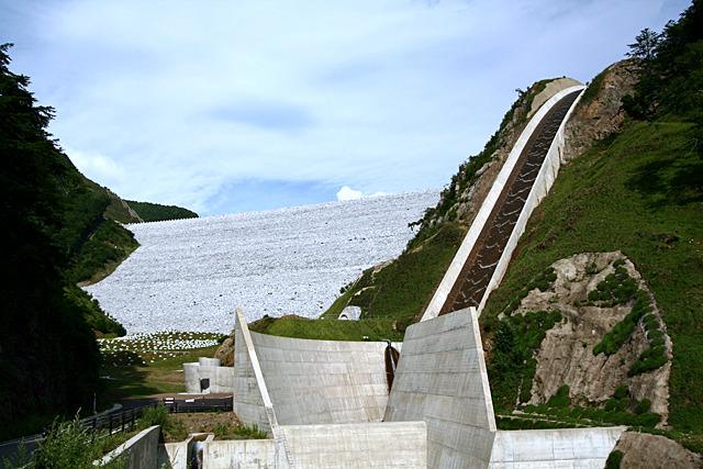 神流川発電所の上部調整池、南相木ダム