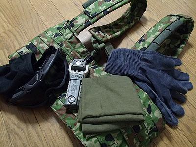 各種軍用品をお借りしてみました。