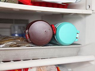 冷凍庫の庫内温度も計ったが、ちゃんとマイナス18℃あった。