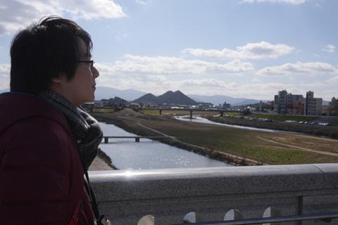 奥に見えるのはボタ山。飯塚は炭鉱で栄えた町だ