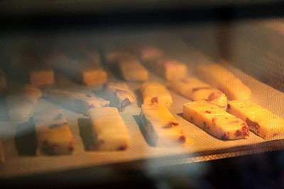 180℃のオーブンで18分焼いた。